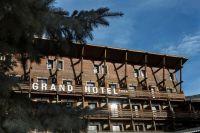 Facade Grand Hotel