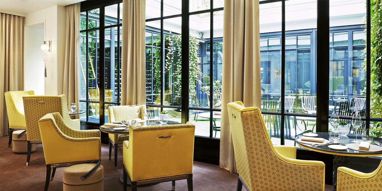 Le burgundy recrute commis de cuisine bar et room for Offre d emploi chef de cuisine