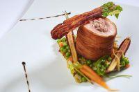 Cylindre de Cochon « IGP du Sud-Ouest » et Pomme de Terre, Petits Pois à la Française, Sauce Charcutière - Romain Gondras