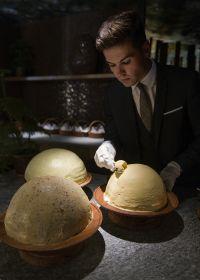 Travail du beurre - Restaurant URSUS