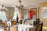 Salle de restaurant - La Côte Saint-Jacques & Spa*****