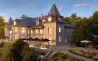 La bâtisse et la terrasse