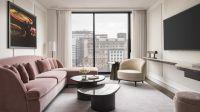 Four Seasons lounge