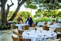 Terrasse restaurant �toil� Le Cap