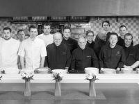 Brigade pâtisserie et Restaurant Joël Robuchon