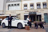 Hotel Le Place d'Armes Façade