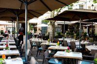 Hotel Le Place d'Armes terrasse