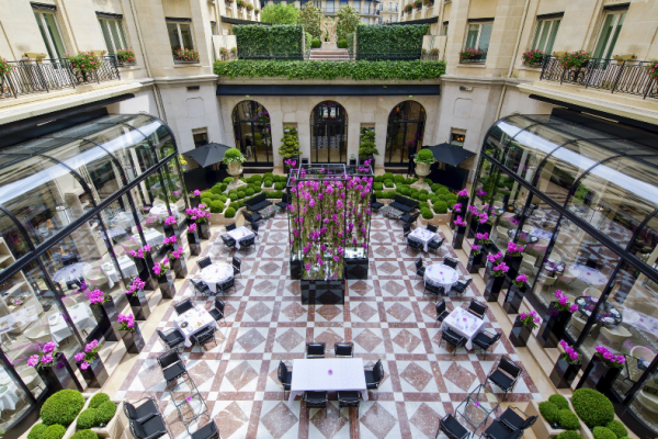 Four Seasons Hôtel George V recrute !
